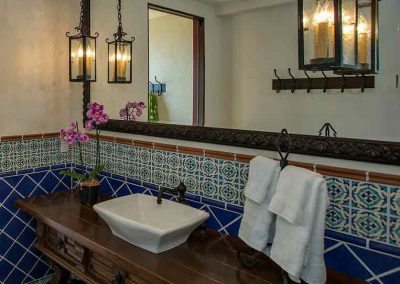 1706-Pool-bathroom